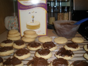 Frosting helped perk up some crunchy cookies.  No complaints for the boys. . .